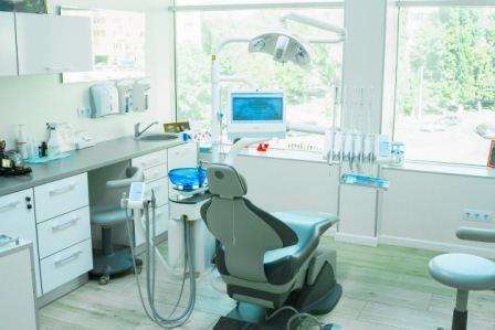 Стоматологическая поликлиника Харькова «МістоДент»
